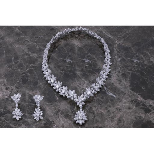Amiri Gems Wedding Sets1